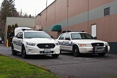 Side-by-Side Comparison between the Ford Police Interceptor Sedan and Crown Victoria (andrewkim101) Tags: county ford mill creek sedan washington state police victoria wa crown department k9 interceptor unit snohomish