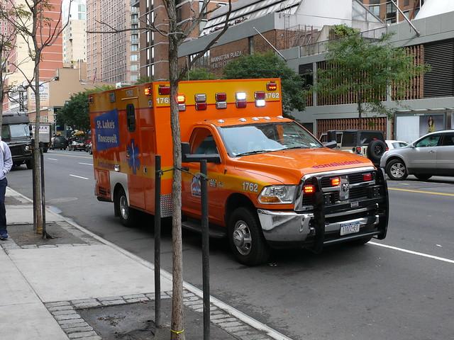 nyc newyork ambulance dodge denis octobre voitures 2012