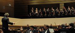 Jean-Claude Casadesus, l'orchestre national de lille et le Chœur Philharmonique Tchèque de Brno (orchestre national de lille (officiel)) Tags: music theatre solo classical 2012 photographe musiciens symphonie repertoire onl nouveausiècle soloiste orchestrenationaldelille ugoponte orchestrenationaldelillelille veronikadzhioeva lillipaasikivirobertoscandiuzzistuartneilljeanclaudecasadesus