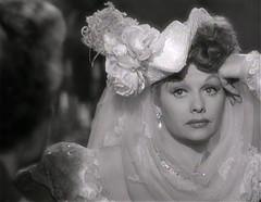 named (annacarvergay) Tags: hat earrings namethatfilm 1947 lucilleball lured douglassirk ntf:guessedby=bswise williamhdaniel