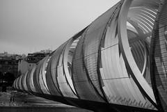 Coming from the past (Rafael García Márquez マドリード) Tags: madrid camera bridge architecture puente spain europe fujifilm citylandscape comunidaddemadrid infraestructura xpro1 madridrío fujifilmxpro1 puentemonumentaldearganzuela
