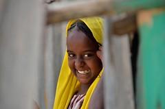 20160114_044 (claudio6411) Tags: africa etiopia afar mercati dancalia popoli etnie giallo yellow sorriso people bambino baby volti face