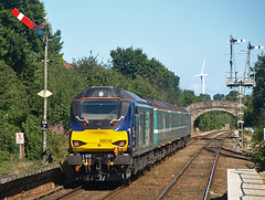 68016 Oulton Broad North (chris_p_boon) Tags: fearless class68 abelliogreateranglia oultonbroad shortset 68016 drs