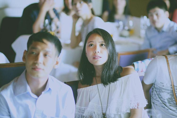 婚禮攝影-專注凝聚的眼神