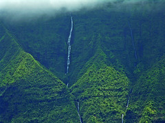 dueling waterfalls (nj dodge) Tags: mountains waterfalls northshore hanalei kauai hawaii