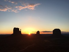IMG_1174 (wvnuke2014) Tags: monument valley desert navajo sunset monumentvalley navajotribalpark