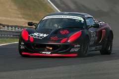 Lotus Cup (6) ({House} Photography) Tags: lotus cup elise trophy brands hatch uk kent fawkham circuit racing motorsport british car automotive housephotography timothyhouse canon 70d sigma 150600 paddock hill