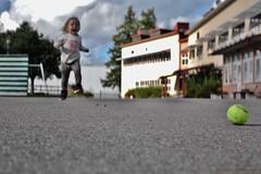 On the Playground (MIKAEL82KARLSSON) Tags: eminah lekpark playground bokeh sverige sweden sony rx10 leker play mikael82karlsson grngesberg grnges dalarna parkskolan