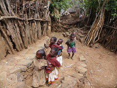 konso babies (Ethiopia) (davidevarenni) Tags: konso babies etiopia ethiopian tribe trib
