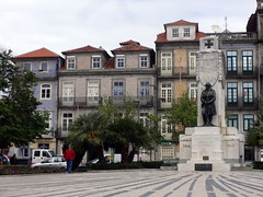 DSC06893 (Rubem Jr) Tags: portugal europe europa porto city cityscape buikdings predios urbanlandscape urbanview urban cidadedoporto cidade cityviews arquitetura buildings