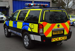 Cambridgeshire Police | Nissan Pathfinder | Roads Policing Unit | FP56 KNC (Chris' 999 Pics) Tags: cambridgeshire police nissan pathfinder rpu roads policing unit traffic car 4x4 off road strobe lightbar law enforcement force hq fp56knc