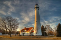Wind Point Lighthouse (Nguyen61Photography) Tags: sunset lighthouse canon bluesky racine windpoint lighthouese rememberthatmomentlevel1 rememberthatmomentlevel2 rememberthatmomentlevel3 nguyenphotos windpointlighouse racinelihgthouse