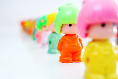 rainbow of Pin & Pon (  Pounkie  ) Tags: colors vintage toys figures blanc jouets pinpon rainbowofpinpon