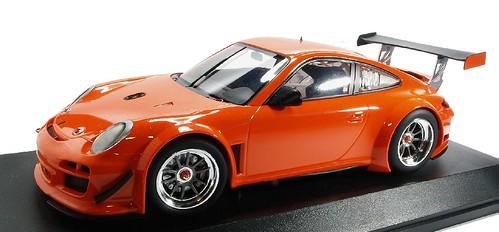 Minichamps 911 GT3 R Street 2010