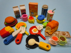International Breakfast Time Erasers (My Sweet 80s) Tags: internationalbreakfast sandwiches breakfasttime colazioneinternazionale milk freshmilk latte milkshake sausage salsiccia vegetables verdure piatto hamburgerpanino padelle pentole thecaffcoffee t eggs eggsbacon friedchips fries bread spoon wok cofee mug cupoftea tea teapot biscuits biscotti cereali fryingpan pan knife fork coltello forchetta tavolaimbandita ladentable breakfastcereals erasers vintageerasers anni80 gomminevintage gommineanni80 80serasers gommedacollezione vintageerasercollection gommedacancellare
