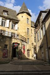 _DSC7537 (Robby68) Tags: vert france dordogne sarlat ville soir pierre tourisme