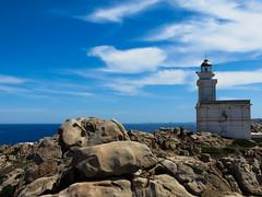 Il faro di Capo Testa (DeclivePapillon) Tags: capo testa sardegna sardinia faro santa teresa di gallura mare summer beach sun estate