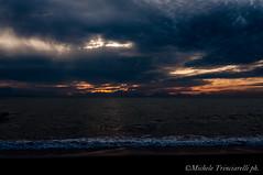 _DSC0955 (. ..::..::::....:::::m.trinciarelli photo::..:..) Tags: mare tramonto cielo spiaggia maredinverno pace