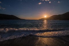 Wavy sea at sunset (Vagelis Pikoulas) Tags: sea waves wave wavy canon 6d tokina 1628mm porto germeno greece landscape view