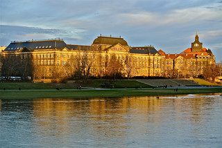 Dresden across from the Elbe - 100% natural light