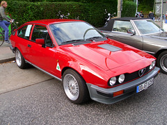 Alfa Romeo GTV6 2.5 (Zappadong) Tags: auto classic car hamburg voiture coche 25 classics alfa romeo oldtimer 2012 youngtimer gtv6 stadtparkrevival zappadong