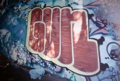 GUN (OLDER SC COUNTY GRAFFITI) Tags: santa county sc graffiti gun tag tags cal cruz ave 17 graff avenue bomb nor anonymous tagging bombing 17th 831 ftl graffaholicz