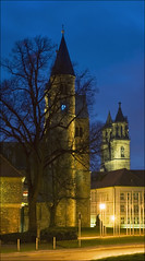 Kloster und Dom (Prinz Wilbert) Tags: building abbey architecture night germany lights eu