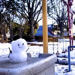 英語 雪だるま 「雪だるま」と「雪男」は英語でなんと言いますか?