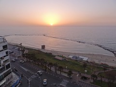 View from the balcony of Maison Lisbona, Bat Yam (dlisbona) Tags: sunset sea vacation holiday vacances soleil israel telaviv sonnenuntergang view apartment flat rental location appartement luxury seaview  coucherdusoleil batyam louer apartement sejour