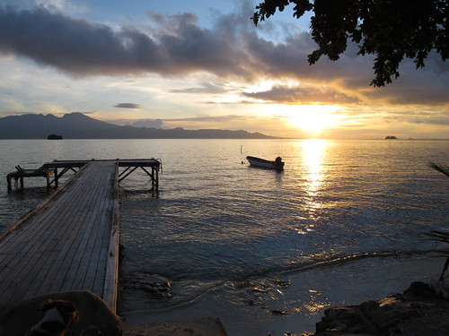 Sunrise at Nusa Tupe, Worldfish field station in Western Province, Solomon Islands. Photo by Kirsten Abernethy, 2011.