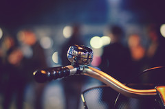 Ring my Bell (_flowtation) Tags: light people bike night vintage 50mm licht nikon bell nacht bokeh availablelight fahrrad bycicle 50mmf18 klingel fahrradklingel nikon50mm smoothbokeh nikond7000