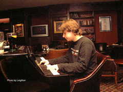 """Piano_Player • <a style=""""font-size:0.8em;"""" href=""""http://www.flickr.com/photos/86643986@N07/8577523059/"""" target=""""_blank"""">View on Flickr</a>"""