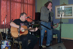 Tim_Aves_and_Bill_Hurley (Boogaloo Promotions) Tags: london 2004 animals alan hall bill tim weekend blues aves tony laurie hurley boogaloo inmates werewolves warners nimmo jives gunton fahrina promotinos