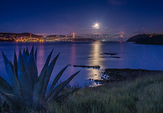 Moonlit Dawn (Eric Dugan) Tags: california moon nikon sugar vallejo ch crockett carquinezbridge d600 carquinezstrait glencove