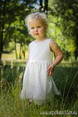 Fleur (Manuel Speksnijder) Tags: 500px kwintelooijen fleur meisje girl kinderen kids portret portrait