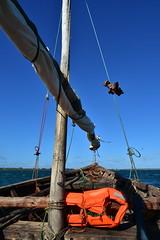 Setting off by wooden dhow to Songo Mnara from Kilwa Masoko (11) (Prof. Mortel) Tags: tanzania dhow kilwamasoko songomnara