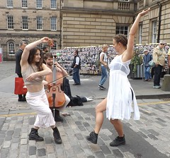 In The Wine (Clydesider2014) Tags: in the wine edinburgh fringe 2016 girls royal mile grapes cello