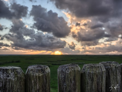 GST59119-HDR(5) (Gordon Stver) Tags: hdr landscape fence sun cloud