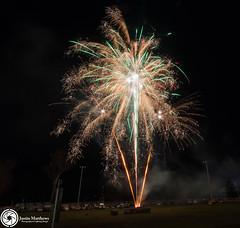 Beaudesert Show 2016 - Friday Night Fireworks-66.jpg (aussiecattlekid) Tags: skylighterfireworks skylighterfireworx beaudesert aerialshell cometcake cometshell oneshot multishot multishotcake pyro pyrotechnics fireworks bangboomcrackle