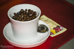 Coffee ??? (Rom4rio Photography) Tags: nikon nikond3100 nikkor d3100 caff coffee cafea tazzina