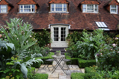 The Coach House Open Garden - Chiddingfold (Mark Wordy) Tags: thecoachhouse chiddingford godalming surrey ngs nationalgardensscheme opengarden courtyard paths box hedge chiddingfold cardoon roomsintheroof