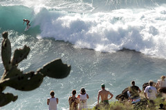 Honolua Bay (Aaron Lynton) Tags: ocean hawaii bay surf waves pacific air wave maui surfing bail honolua