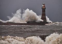 Roker Lighthouse January 2013 (Rich Poulton Photography) Tags: elementsorganizer