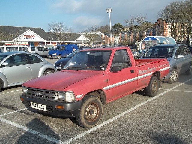 old uk classic truck vintage japanese cornwall working pickup retro business ute toyota 1991 hilux h147gcv