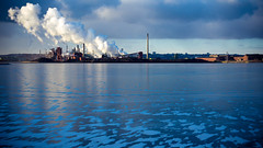 Stelco Steam Cloud (robert_goulet) Tags: leica morning blue winter light cloud white lake ontario cold industry clouds lumix prime frozen industrial factory widescreen 14 olympus steam panasonic micro 169 summilux steamy omd 25mm ratio stelco billowing 16x9 aspect m43 mft fourthirds em5
