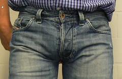 Diesel Larkee (Blue L2) Tags: jeans