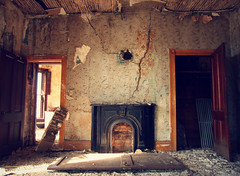 (deatonstreet) Tags: abandoned fireplace ruins decay kentucky interior historic harrodsburg