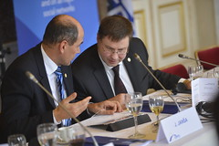 EPP Summit, 14 Mar. 2013 (More pictures and videos: connect@epp.eu) Tags: politics eu epp europeanunion ppe sds conservatism evp politicalparty 2013 jansa dombrovskis europeanpeoplesparty christiandemocracy vienotiba partidopopulareuropeo partipopulaireeuropeen eruropaischevolkspartei