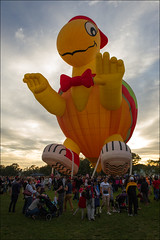 canberra-2129-ps-w (pw-pix) Tags: morning autumn sunrise dark balloons dawn cool colours balloon earlymorning australia balloonfiesta canberra colourful coloured heating act rigging filling preparing balloonfestival launching lakeburleygriffin canberraballoonfiesta