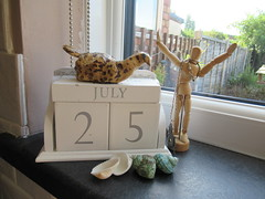 Monday, 25th, Sunshine of the summer IMG_3138 (tomylees) Tags: shells bird calendar perpetual essex morning summer july 25h monday 2016